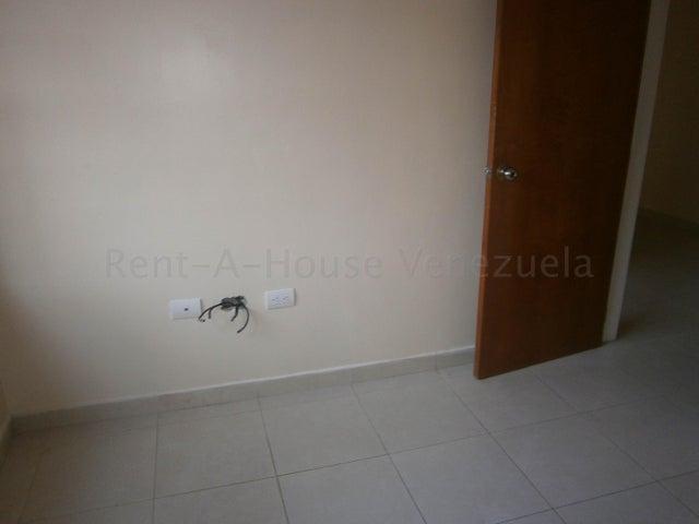 Apartamento Carabobo>Municipio Naguanagua>Manongo - Venta:36.000 Precio Referencial - codigo: 21-2164