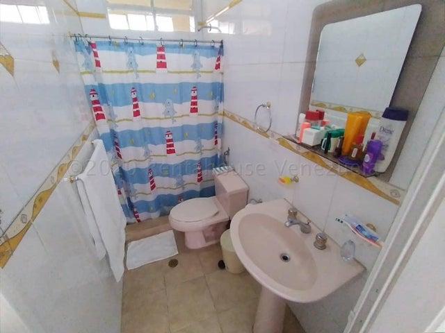 Apartamento Distrito Metropolitano>Caracas>San Bernardino - Venta:23.000 Precio Referencial - codigo: 21-2202
