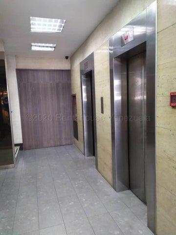 Oficina Distrito Metropolitano>Caracas>Chacao - Venta:37.000 Precio Referencial - codigo: 21-2222