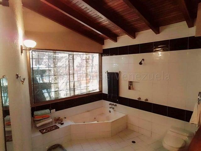 Casa Distrito Metropolitano>Caracas>Colinas de las Acacias - Venta:120.000 Precio Referencial - codigo: 21-2265