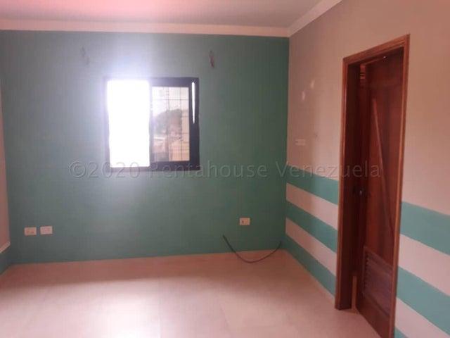 Casa Zulia>Ciudad Ojeda>Calle Piar - Alquiler:350 Precio Referencial - codigo: 21-2240