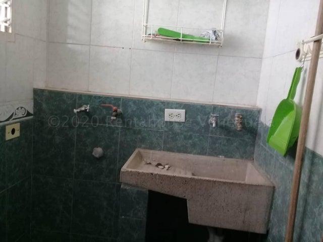 Apartamento Distrito Metropolitano>Caracas>Los Samanes - Venta:36.000 Precio Referencial - codigo: 21-2269