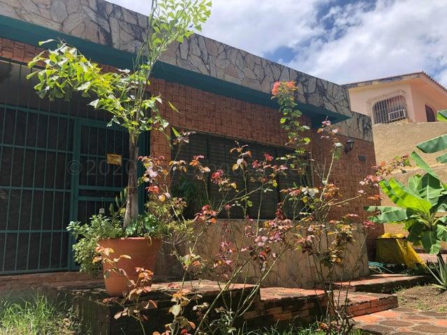 Casa Carabobo>Valencia>El Parral - Venta:63.500 Precio Referencial - codigo: 21-2294