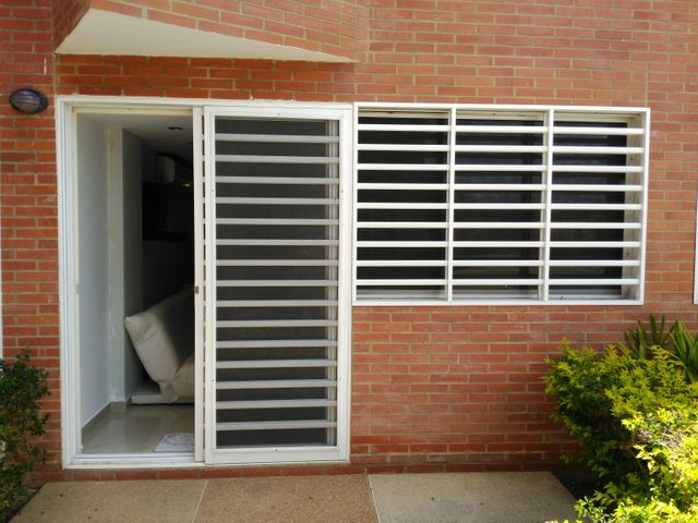 Apartamento Miranda>Higuerote>Puerto Encantado - Venta:25.000 Precio Referencial - codigo: 21-2322