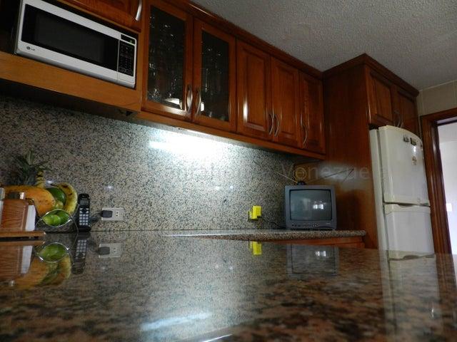 Apartamento Distrito Metropolitano>Caracas>Cumbres de Curumo - Venta:300.000 Precio Referencial - codigo: 21-2683
