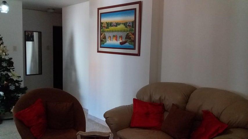 Apartamento Distrito Metropolitano>Caracas>Parroquia Santa Teresa - Venta:26.500 Precio Referencial - codigo: 21-2405