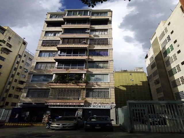 Apartamento Distrito Metropolitano>Caracas>Colinas de Bello Monte - Venta:29.500 Precio Referencial - codigo: 21-2452