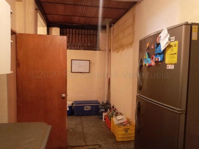 Casa Carabobo>Valencia>Sabana Larga - Venta:24.900 Precio Referencial - codigo: 21-2626