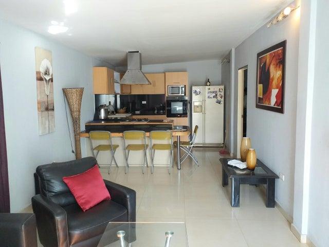 Casa Falcon>Coro>Intercomunal Coro La Vela - Venta:10.000 Precio Referencial - codigo: 21-2534