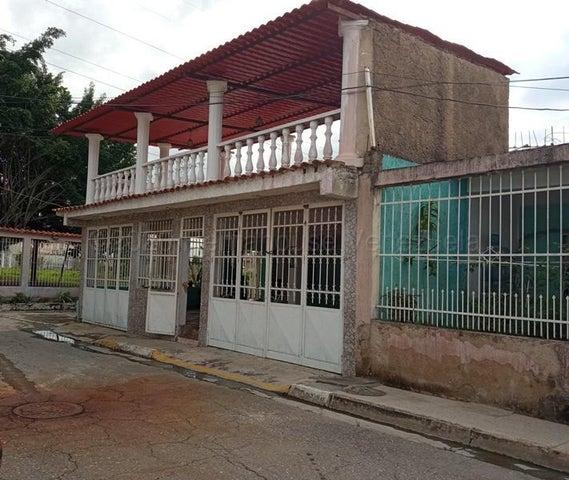 Casa Aragua>Cagua>Ciudad Jardin - Venta:20.000 Precio Referencial - codigo: 21-2549