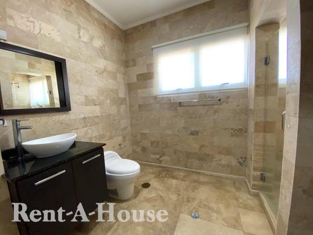Apartamento Zulia>Maracaibo>Las Mercedes - Alquiler:800 Precio Referencial - codigo: 21-2598