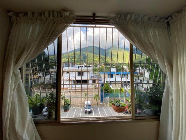Apartamento Distrito Metropolitano>Caracas>El Marques - Venta:45.000 Precio Referencial - codigo: 21-2627