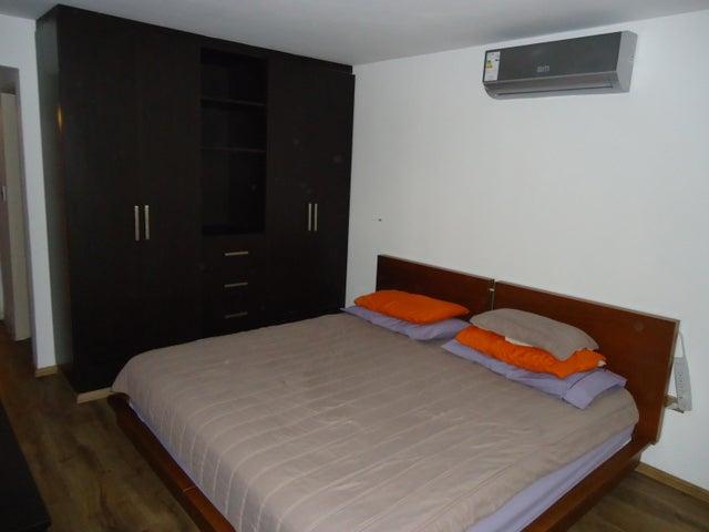 Apartamento Distrito Metropolitano>Caracas>Colinas de La Tahona - Venta:65.000 Precio Referencial - codigo: 21-2729