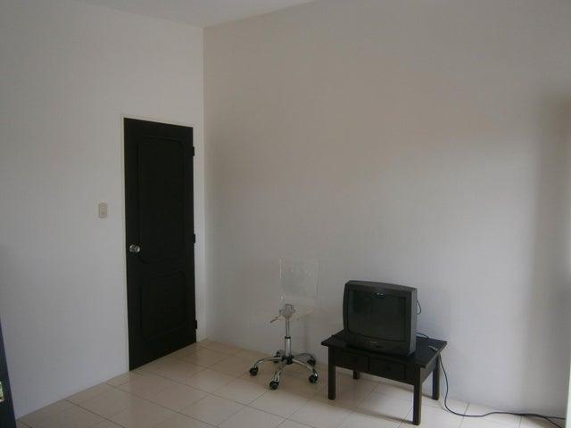 Apartamento Carabobo>Valencia>Trigal Norte - Venta:65.000 Precio Referencial - codigo: 21-2770