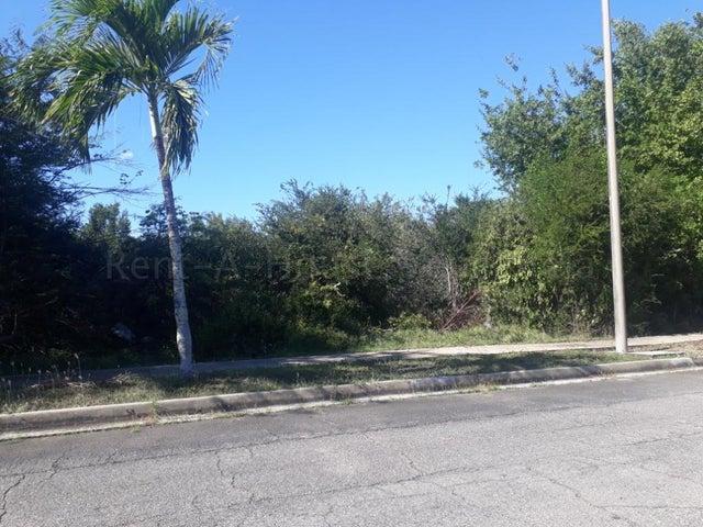 Terreno Miranda>Higuerote>Puerto Encantado - Venta:65.000 Precio Referencial - codigo: 21-2793