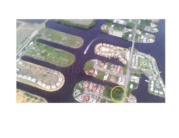 Terreno Miranda>Higuerote>Puerto Encantado - Venta:65.000 Precio Referencial - codigo: 21-2799