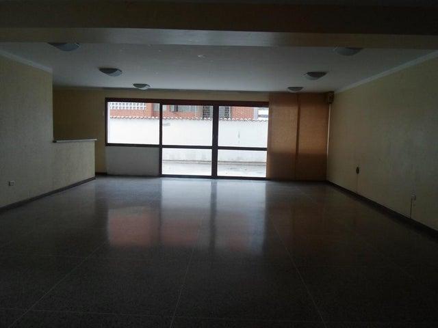 Apartamento Distrito Metropolitano>Caracas>Colinas de Bello Monte - Venta:55.000 Precio Referencial - codigo: 21-2815