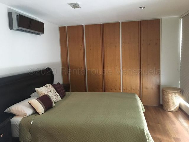 Apartamento Distrito Metropolitano>Caracas>Villa Nueva Hatillo - Venta:120.000 Precio Referencial - codigo: 21-2845