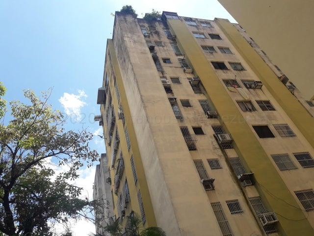 Apartamento Carabobo>Valencia>Prebo I - Venta:21.000 Precio Referencial - codigo: 21-2975