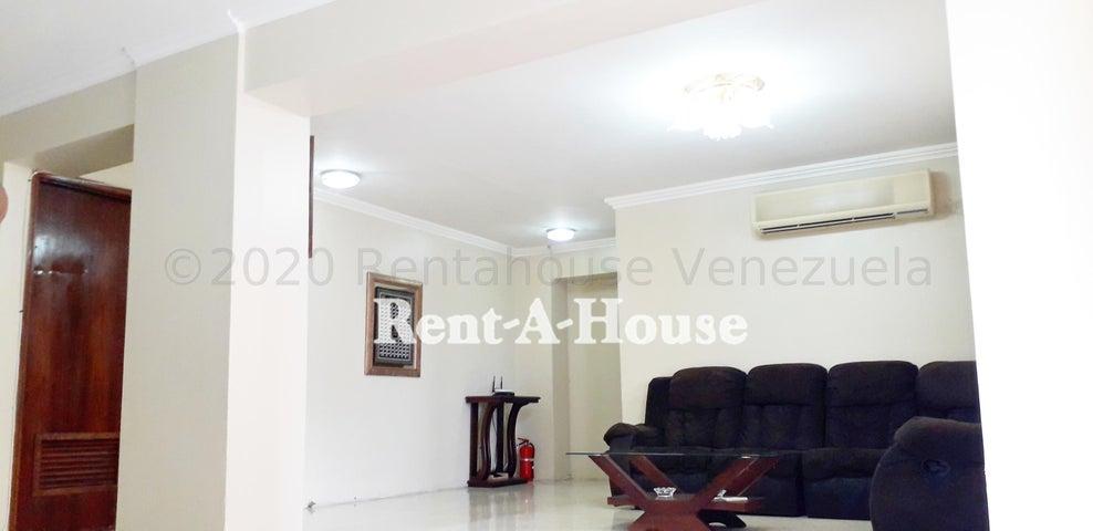 Apartamento Zulia>Maracaibo>La Lago - Venta:40.000 Precio Referencial - codigo: 21-2579