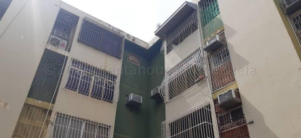 Apartamento Zulia>Maracaibo>El Varillal - Venta:6.500 Precio Referencial - codigo: 21-2868