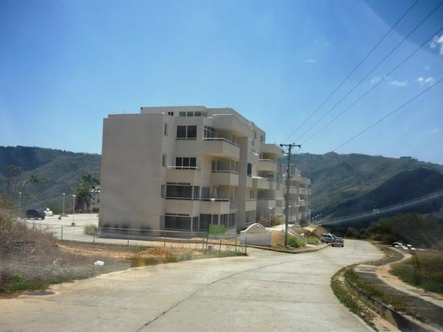 Apartamento Distrito Metropolitano>Caracas>Bosques de la Lagunita - Venta:45.000 Precio Referencial - codigo: 21-2945