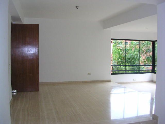 Apartamento Distrito Metropolitano>Caracas>Colinas de Valle Arriba - Venta:850.000 Precio Referencial - codigo: 21-2973