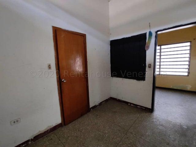 Casa Lara>Barquisimeto>Parroquia Concepcion - Venta:60.000 Precio Referencial - codigo: 21-2930