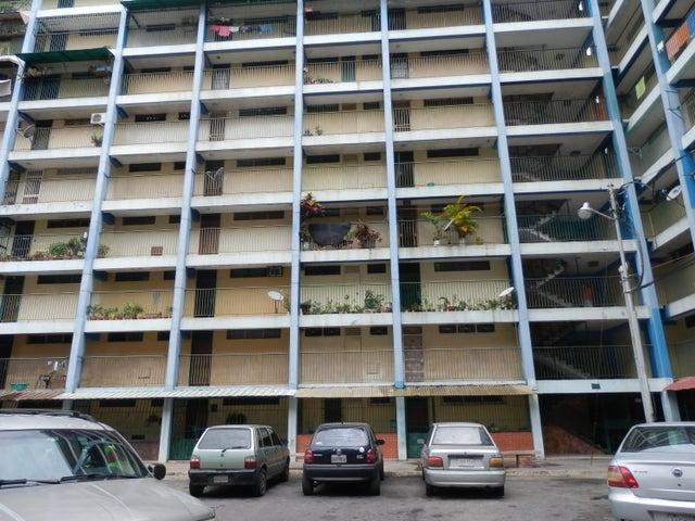 Apartamento Lara>Barquisimeto>Parroquia Catedral - Venta:12.800 Precio Referencial - codigo: 21-2986