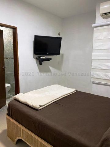 Apartamento Nueva Esparta>Margarita>El Morro - Venta:35.000 Precio Referencial - codigo: 21-3025
