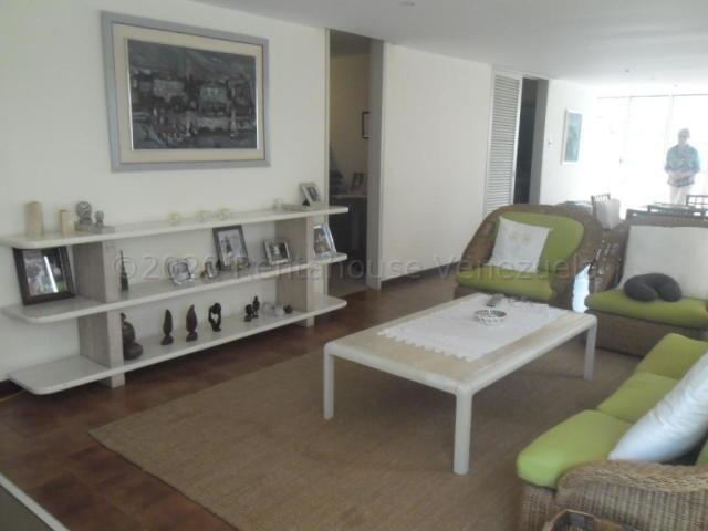 Apartamento Distrito Metropolitano>Caracas>Santa Eduvigis - Venta:170.000 Precio Referencial - codigo: 21-3014