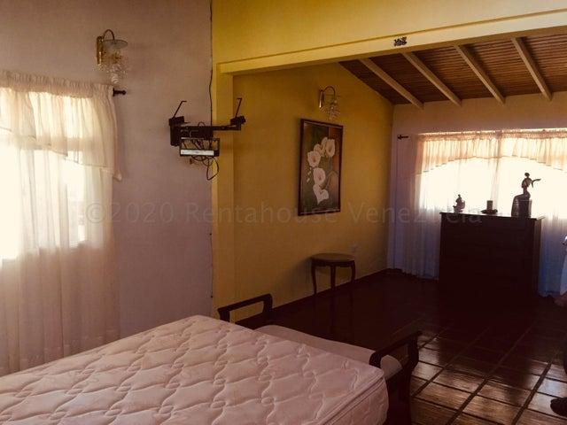 Casa Merida>Merida>La Pedregosa Media - Venta:200.000 Precio Referencial - codigo: 21-3020