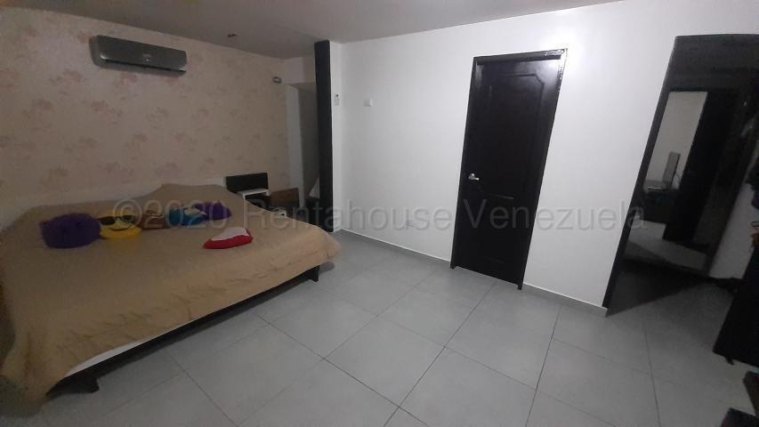 Casa Carabobo>Valencia>El Bosque - Venta:110.000 Precio Referencial - codigo: 21-3026