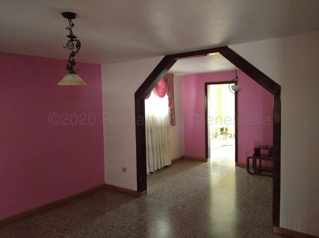 Casa Zulia>Maracaibo>La Victoria - Venta:16.000 Precio Referencial - codigo: 21-3030