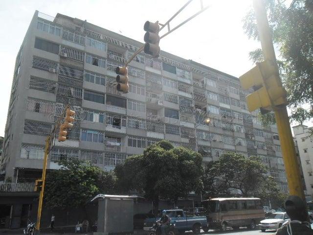 Edificio Distrito Metropolitano>Caracas>Las Acacias - Venta:750.000 Precio Referencial - codigo: 21-3034