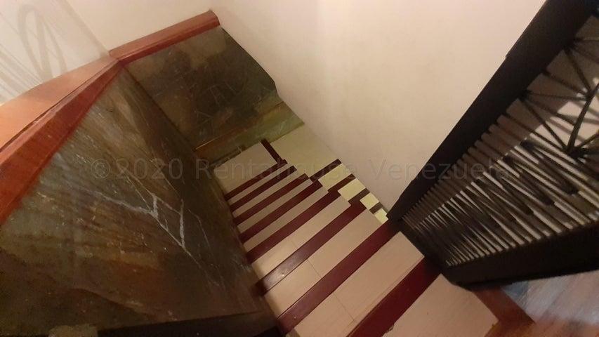 Casa Carabobo>Valencia>Los Mangos - Venta:72.500 Precio Referencial - codigo: 21-3128