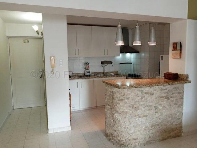 Apartamento Carabobo>Valencia>Sabana Larga - Venta:24.000 Precio Referencial - codigo: 21-3063