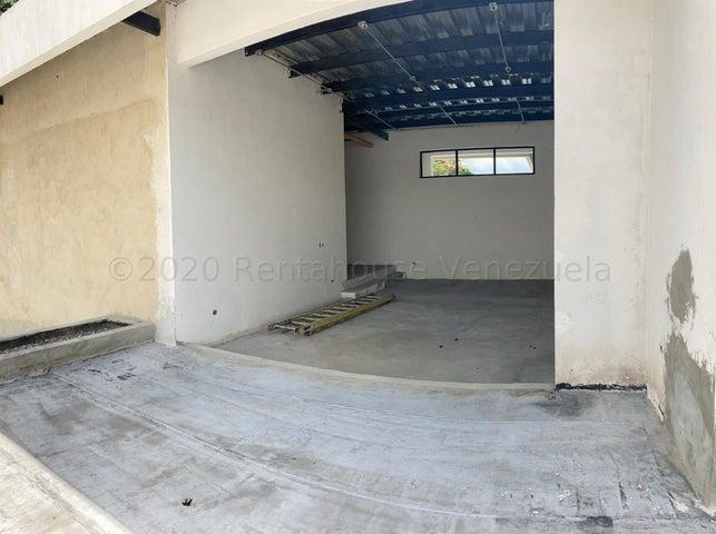 Casa Distrito Metropolitano>Caracas>Prados del Este - Venta:400.000 Precio Referencial - codigo: 21-3065