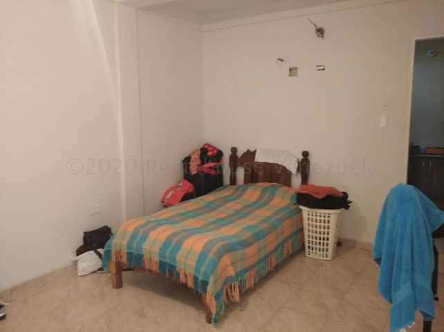 Casa Lara>Cabudare>El Paraiso - Venta:52.000 Precio Referencial - codigo: 21-3069