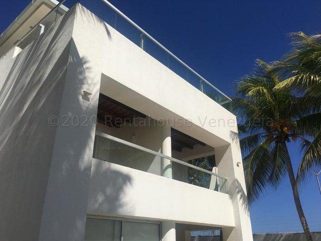 Casa Nueva Esparta>Margarita>El Tirano - Venta:800.000 Precio Referencial - codigo: 20-24335