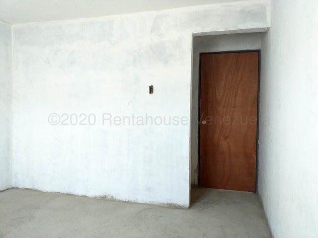 Apartamento Falcon>Coro>Centro - Venta:7.500 Precio Referencial - codigo: 21-3117