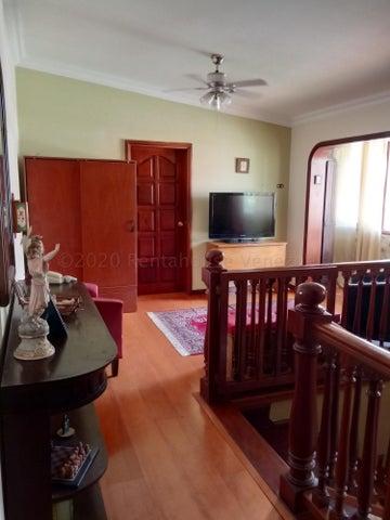 Casa Distrito Metropolitano>Caracas>La California Norte - Venta:120.000 Precio Referencial - codigo: 21-3115