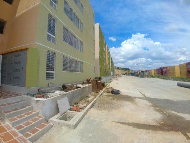 Apartamento Miranda>Charallave>Mata Linda - Venta:6.000 Precio Referencial - codigo: 21-3103
