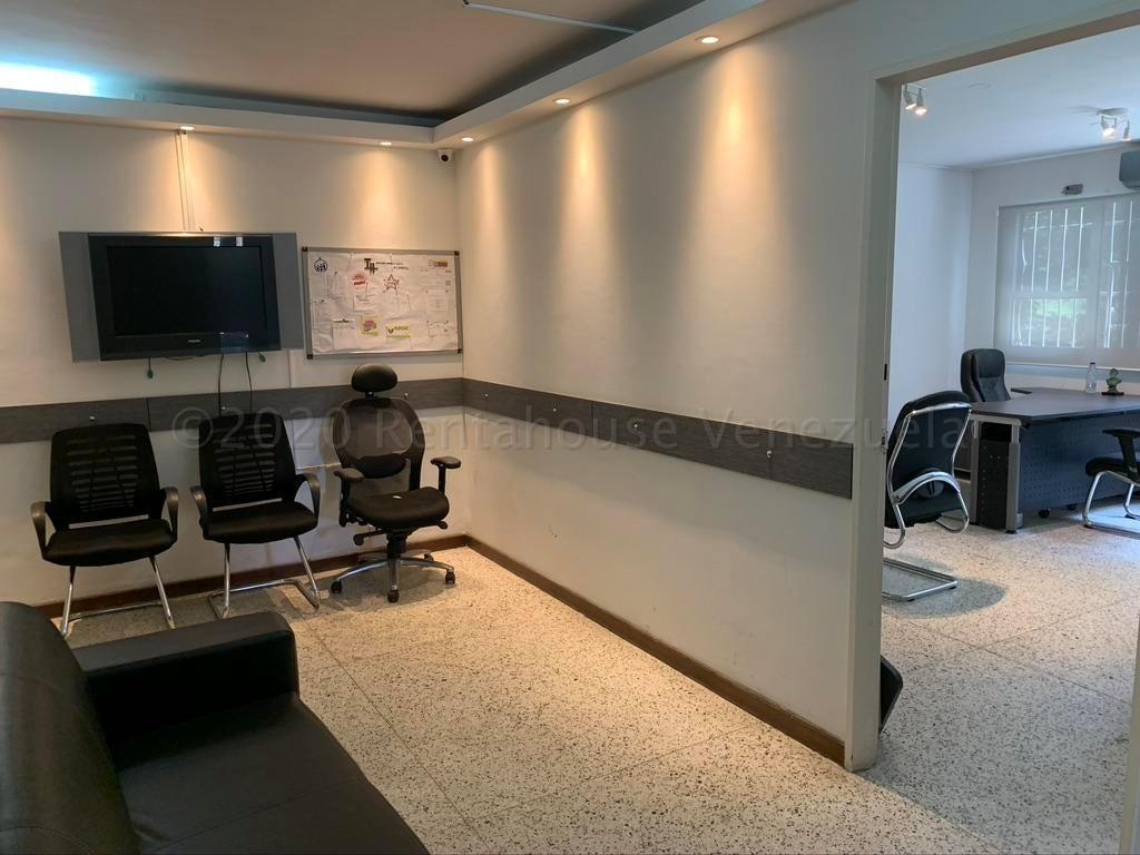 Oficina Distrito Metropolitano>Caracas>Altamira - Venta:65.000 Precio Referencial - codigo: 21-3114