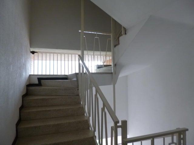 Apartamento Distrito Metropolitano>Caracas>La Urbina - Venta:70.000 Precio Referencial - codigo: 21-3132