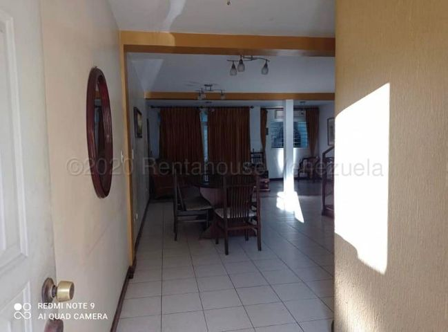Casa Lara>Barquisimeto>Las Trinitarias - Alquiler:420 Precio Referencial - codigo: 21-2836