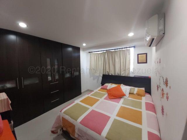 Apartamento Distrito Metropolitano>Caracas>Guaicay - Venta:65.000 Precio Referencial - codigo: 21-3129