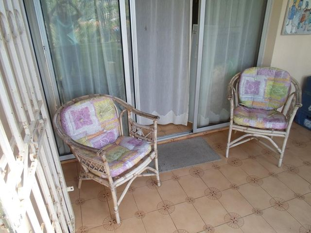 Apartamento Miranda>San Antonio de los Altos>La Rosaleda - Venta:30.000 Precio Referencial - codigo: 21-3131