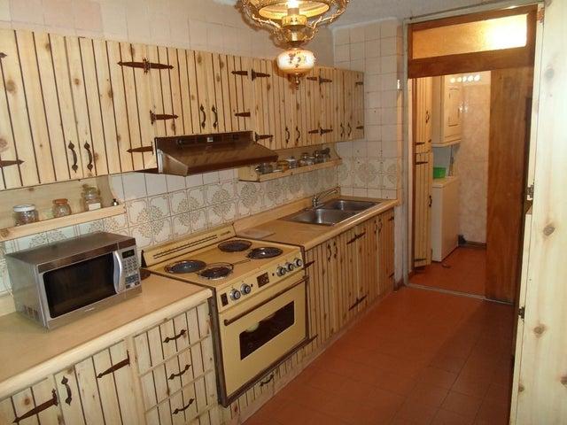 Apartamento Miranda>Los Teques>El Encanto - Venta:14.000 Precio Referencial - codigo: 21-3140