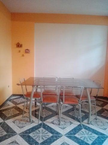 Casa Aragua>Maracay>El Limon - Venta:60.000 Precio Referencial - codigo: 21-3142